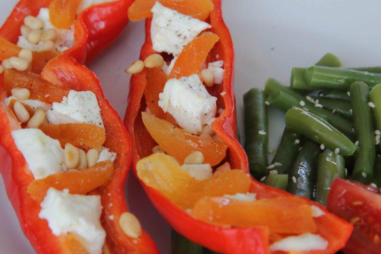 Gevulde zoete paprika met abrikoos en geitenkaas